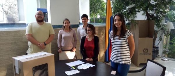Inició la jornada electoral presidencial 2018 para la segunda vuelta en el Consulado de Colombia en Jakarta